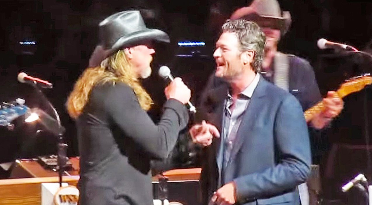 Trace adkins Songs | Blake Starts Singing 'Hillbilly Bone' Alone At The Opry, Then Trace Walks In And The Crowd Goes Wild | Country Music Videos