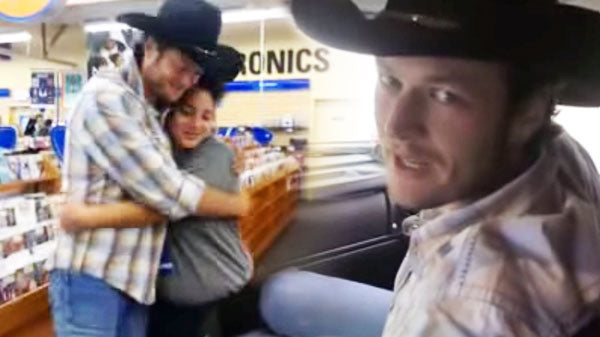 Blake shelton Songs | Blake Shelton Tells Customers to Buy His CD (Funny) (WATCH) | Country Music Videos