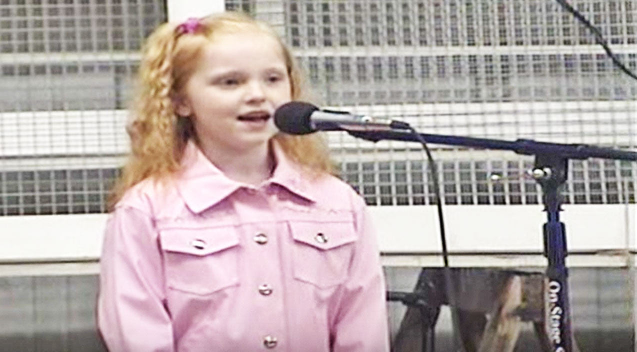 Leann rimes Songs | Adorable 7-Year-Old Steals Hearts With Stunning Cover Of LeAnn Rimes' 'Blue' | Country Music Videos