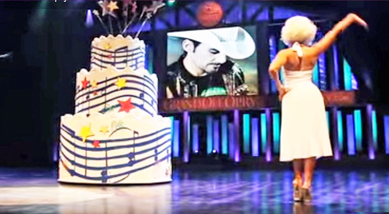 Modern country Songs | 'Marilyn Monroe's' Seductive Birthday Surprise To Brad Paisley At The Grand Ole Opry | Country Music Videos