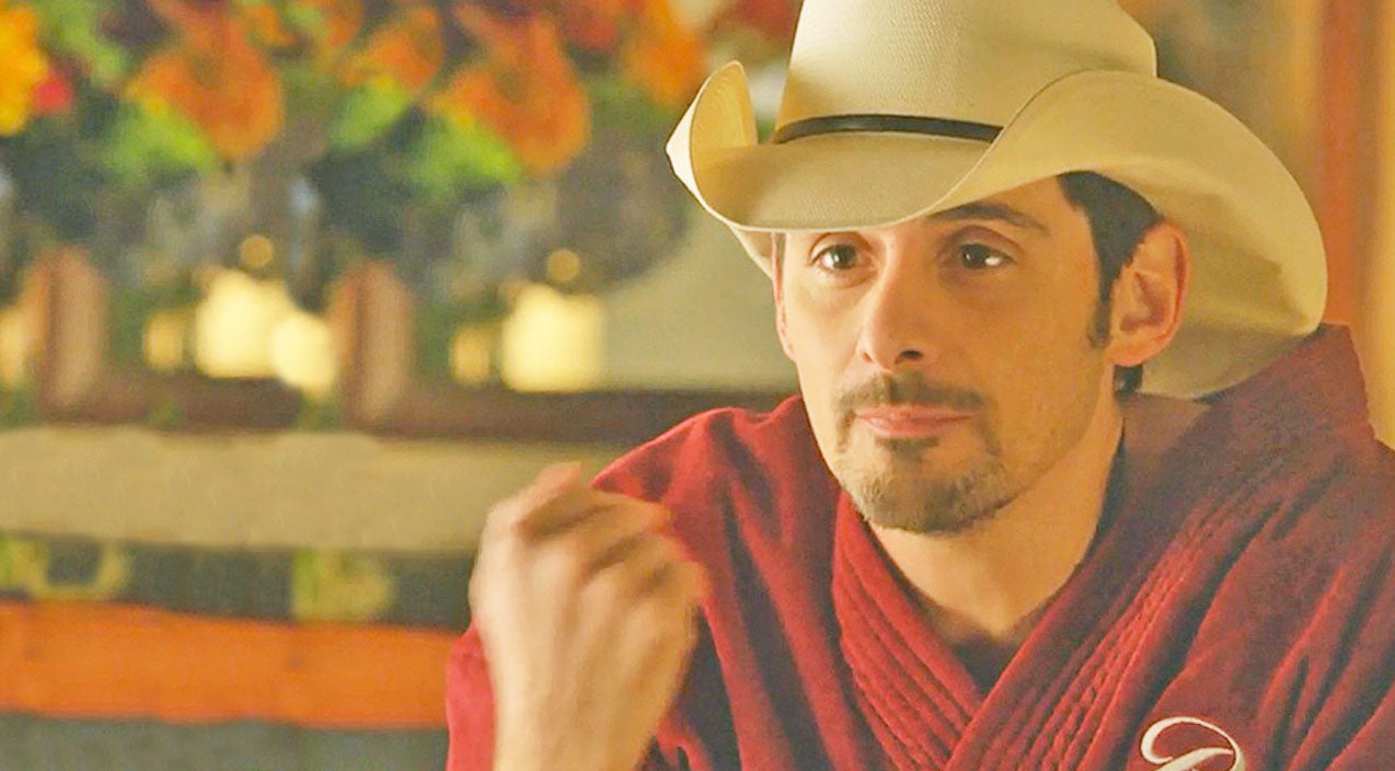 Brad paisley Songs   Brad Paisley Rails Against The War On Christmas With 'Kung Pao Buckaroo Holiday'   Country Music Videos