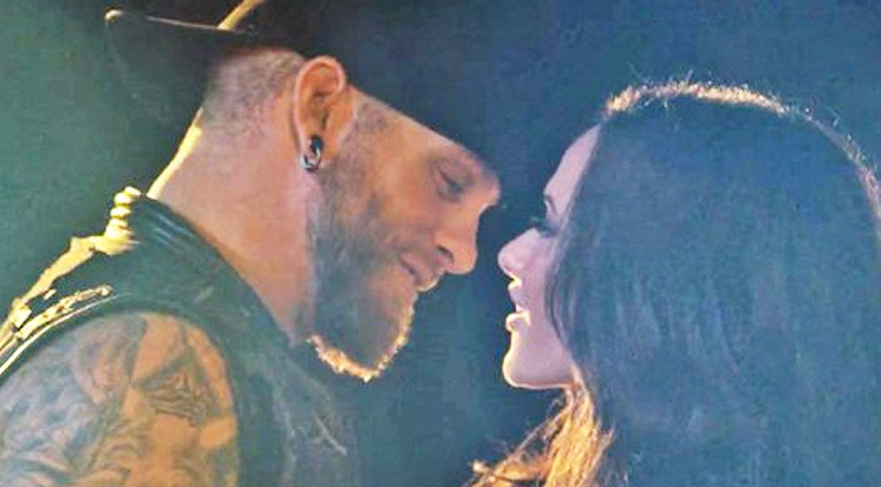 Brantley gilbert Songs | Brantley Gilbert And Wife Bring The Heat In Sexy Music Video For 'The Weekend' | Country Music Videos