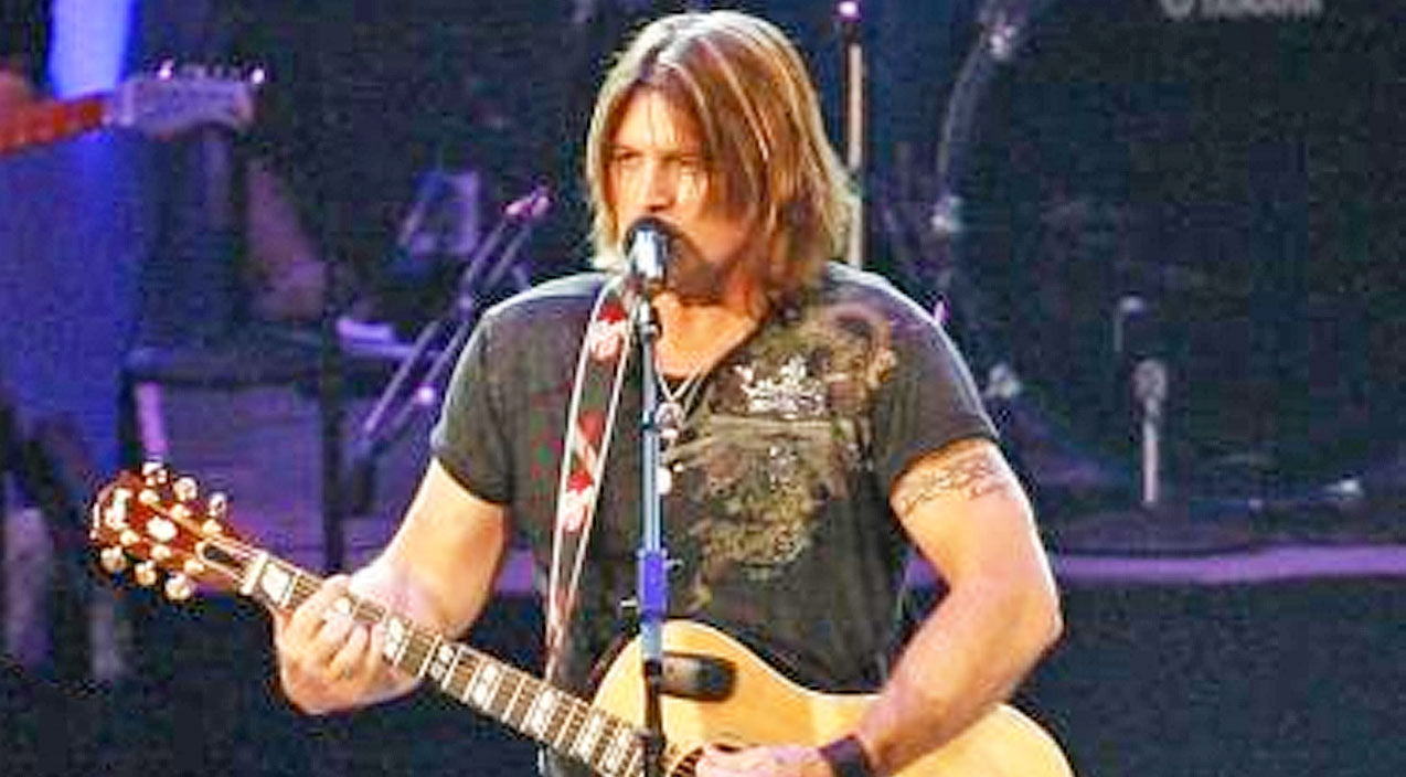 Billy ray cyrus Songs | Billy Ray Cyrus Brings Crowd To Their Feet With Passionate Performance Of 'In The Heart Of A Woman' | Country Music Videos