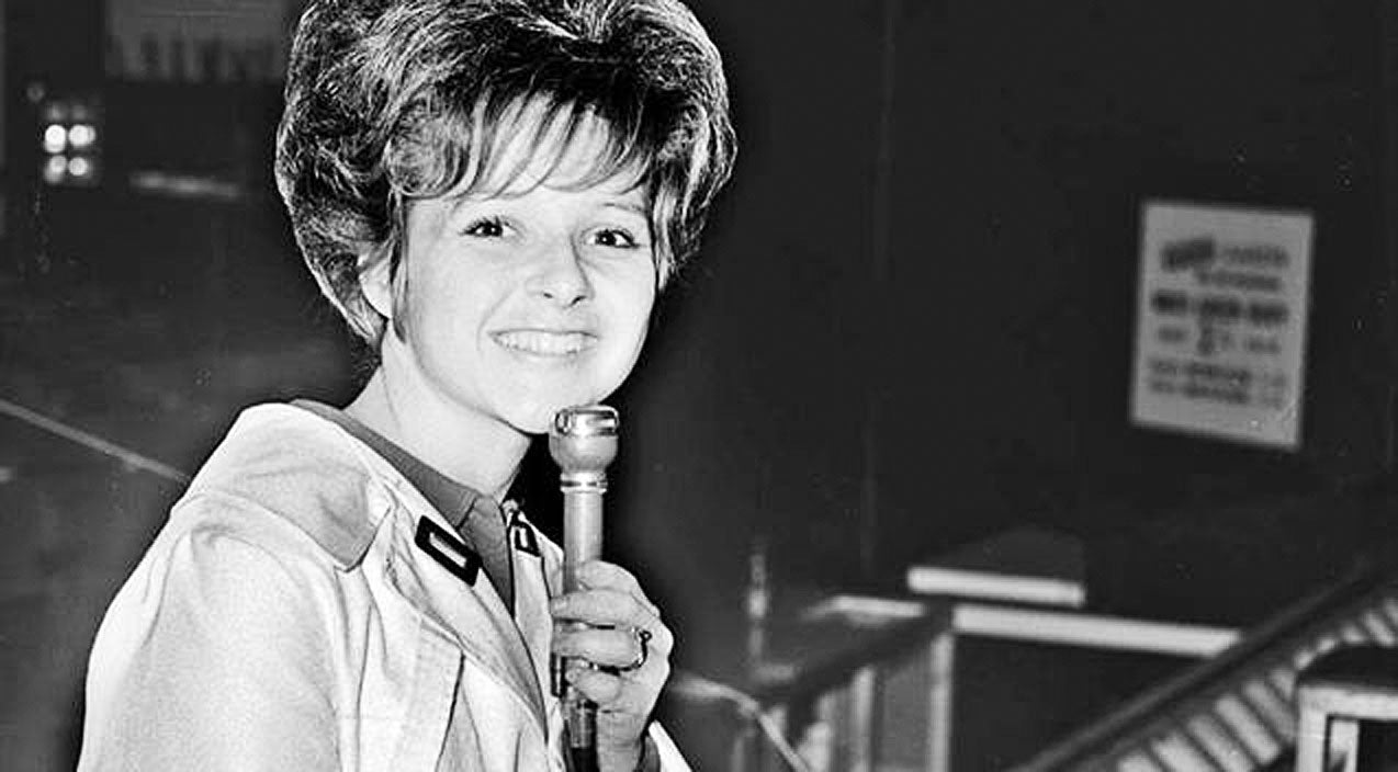 Classic country Songs | FLASHBACK: 15-Year-Old Brenda Lee Sings Her Signature Song 'I'm Sorry' | Country Music Videos