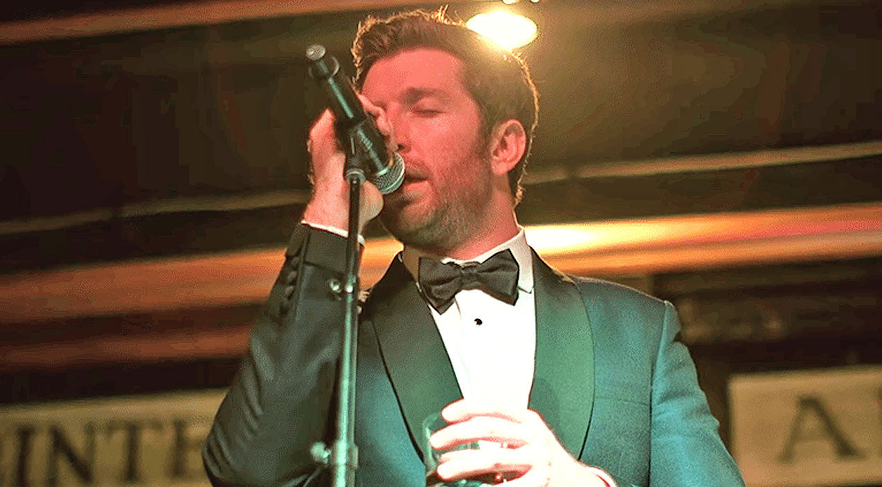 Modern country Songs | Top 4 Times Brett Eldredge Swept Us Off Our Feet With His Jazzy Frank Sinatra Covers | Country Music Videos