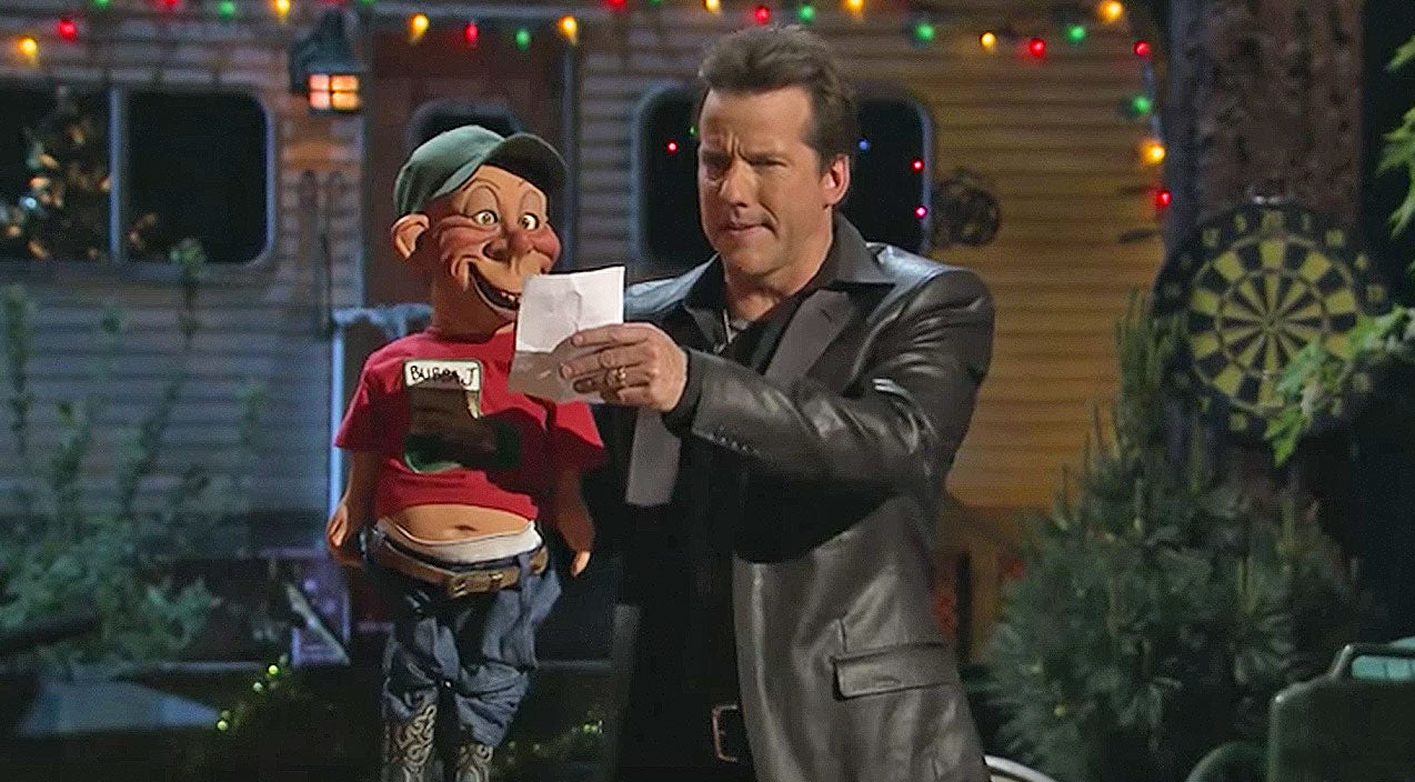 Jeff Dunham's Redneck Puppet Writes Letter To Santa Filled With Sidesplitting Laughter | Country Music Videos