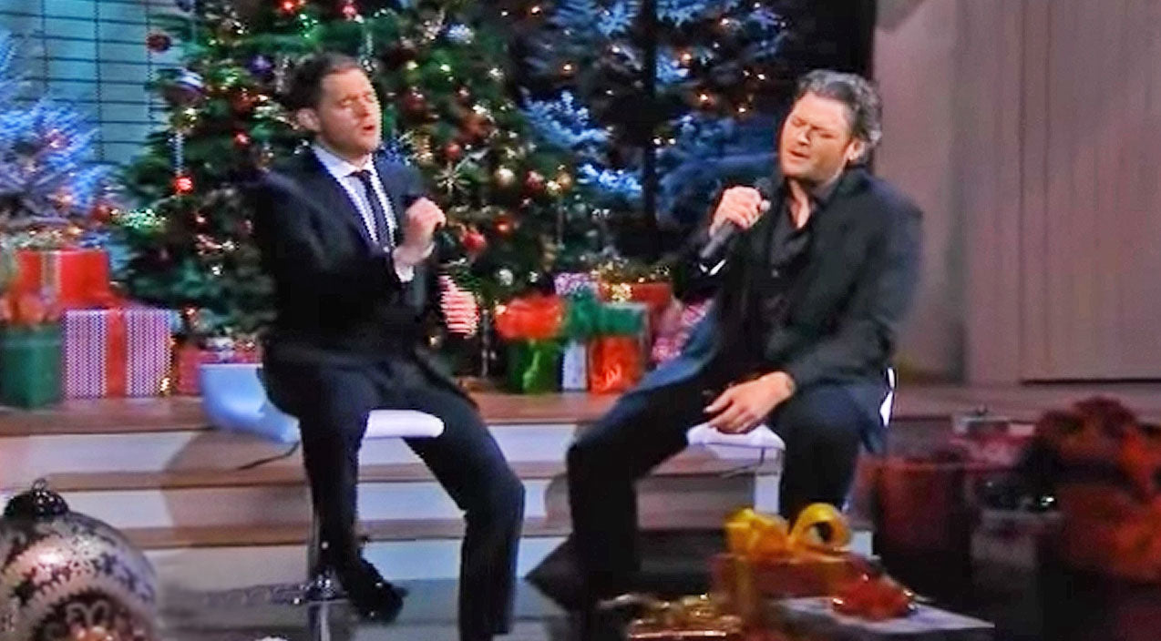 Michael buble Songs | Blake Shelton Joins Michael Bublé For Moving Christmas Duet In Tribute To The Troops | Country Music Videos