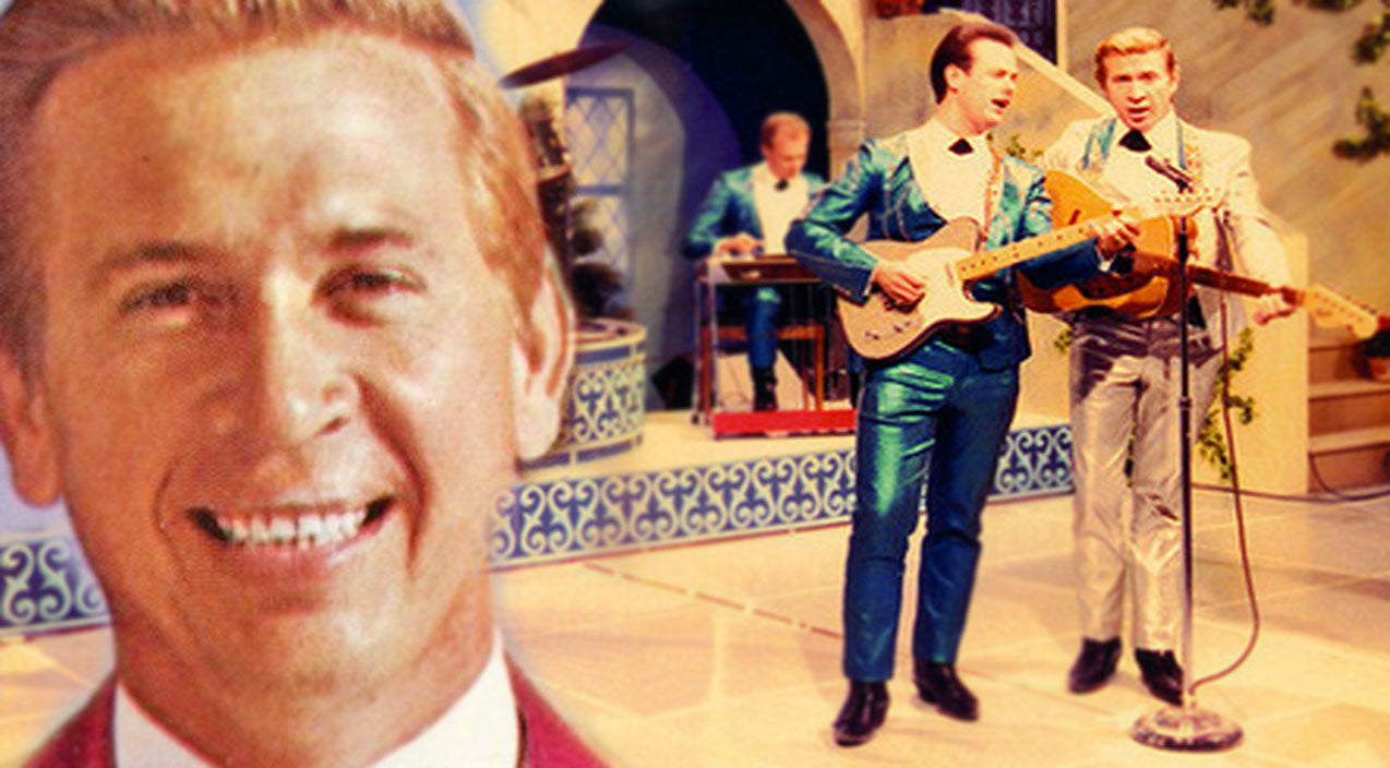 Buck Owens - Act Naturally (Live at Carnegie Hall, 1966) (VIDEO) | Country Music Videos