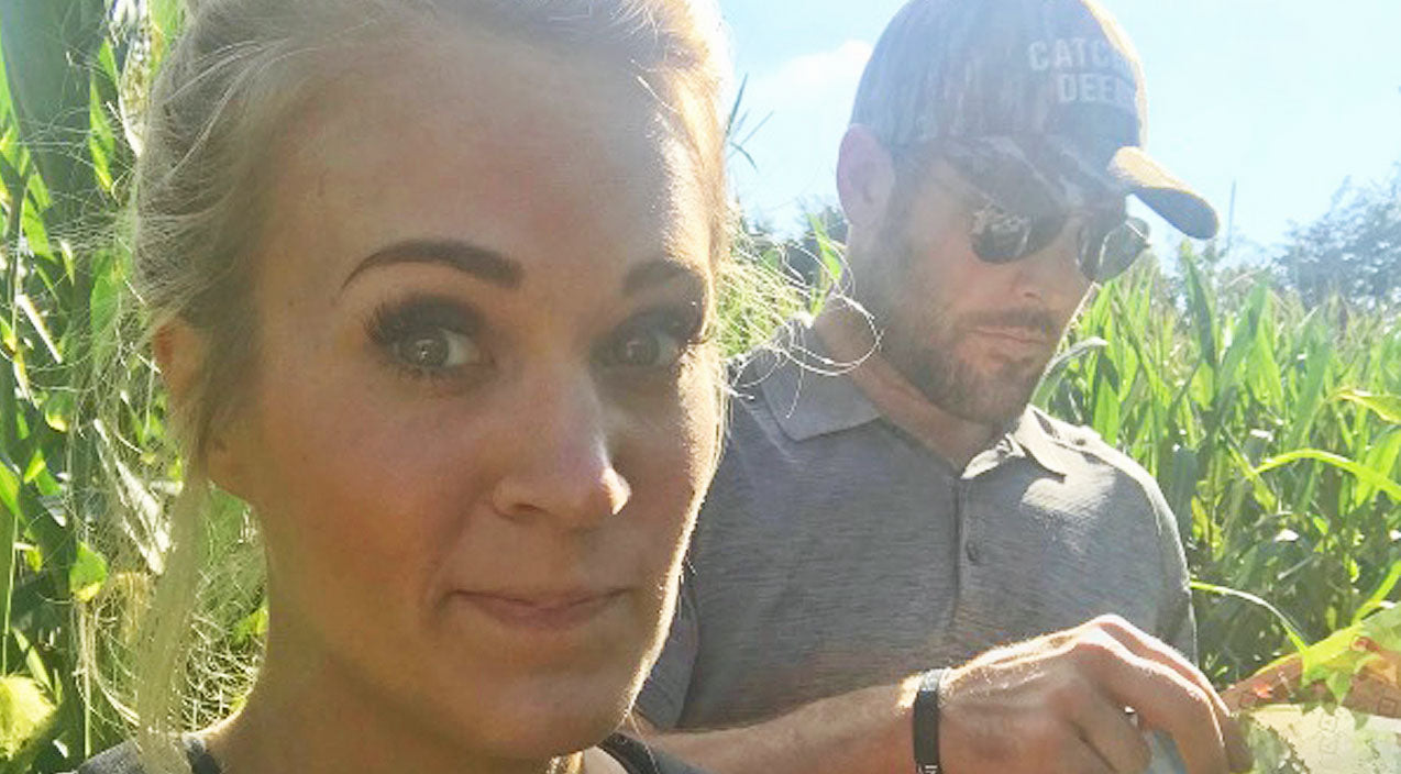 Carrie Underwood & Mike Fisher Face Off Against A Corn Maze...The Corn Maze Wins | Country Music Videos