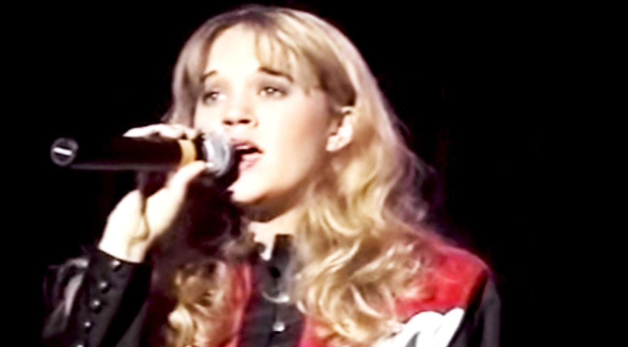 Modern country Songs | 15-Year-Old Carrie Underwood Beautifully Sings Heartbreaking Mindy McCready Hit | Country Music Videos