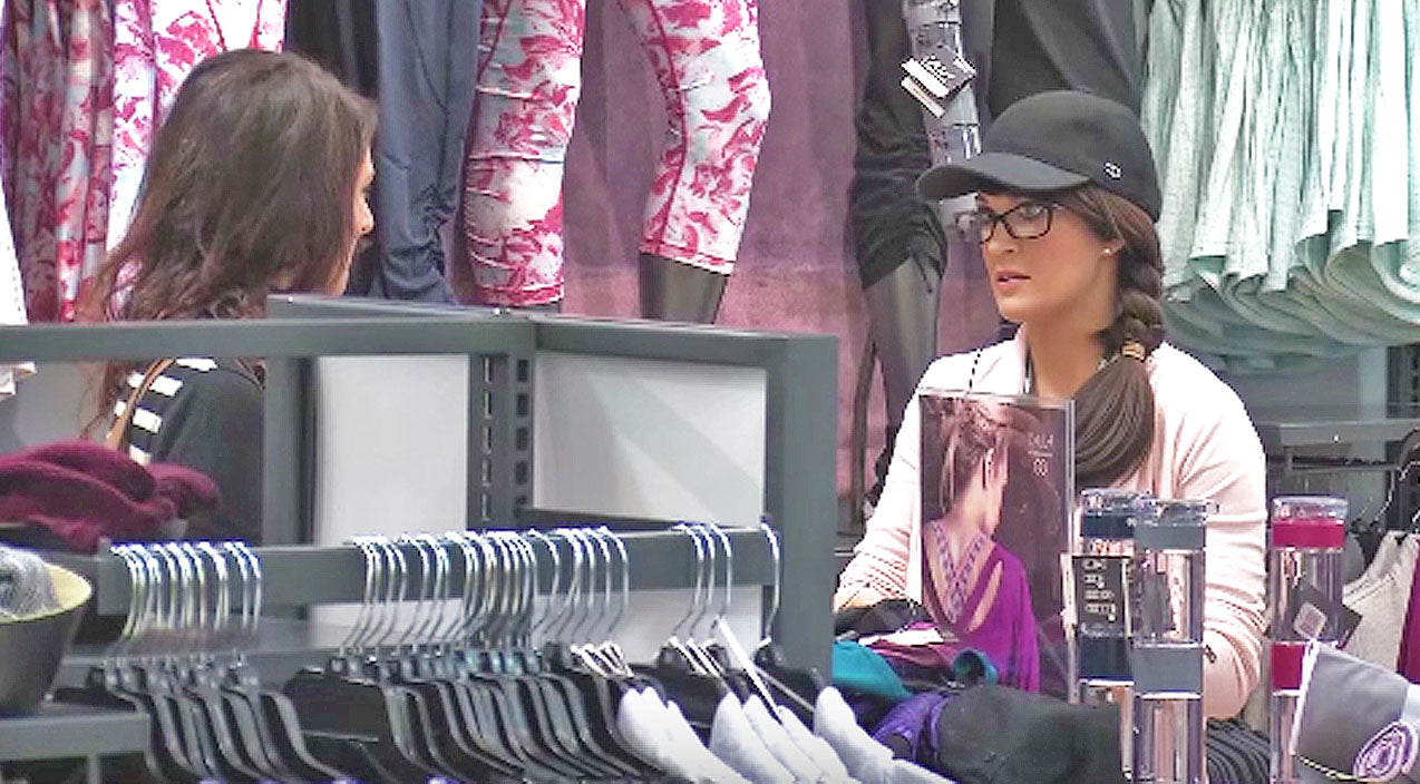 Carrie underwood Songs | Watch Sneaky Carrie Underwood Go Undercover At Sporting Goods Store | Country Music Videos