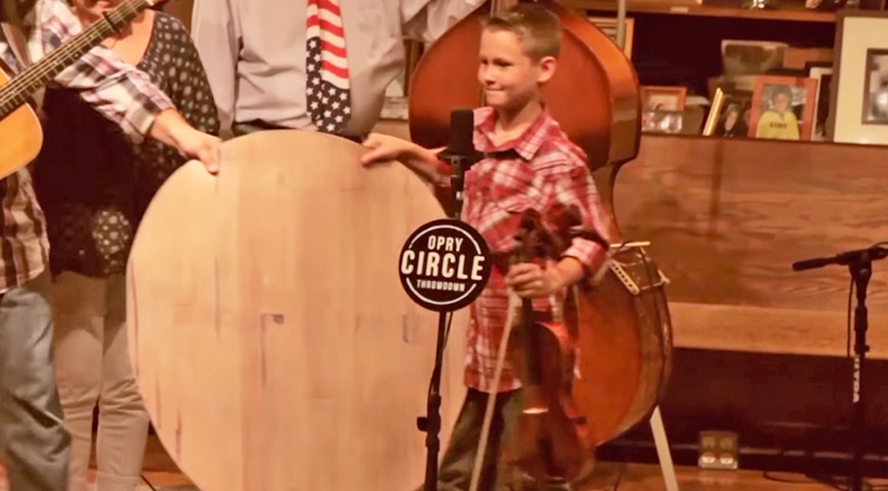 Carson peters Songs | To Honor The Grand Ole Opry's 90th Anniversary, Fiddlin' Carson Peters Surprised The Crowd With An Opry Circle Throwdown! | Country Music Videos