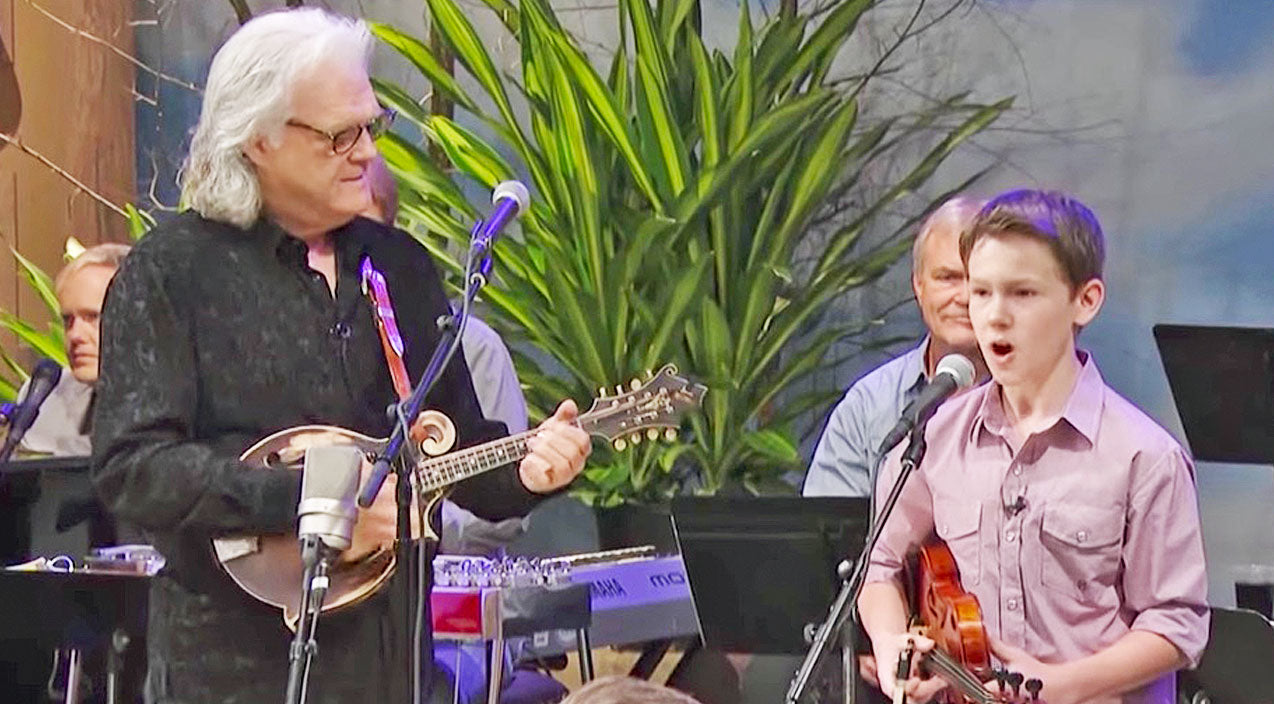 Ricky skaggs Songs | Fiddle Prodigy Carson Peters Joins Ricky Skaggs For Toe-Tappin' 'Blue Moon Of Kentucky' | Country Music Videos
