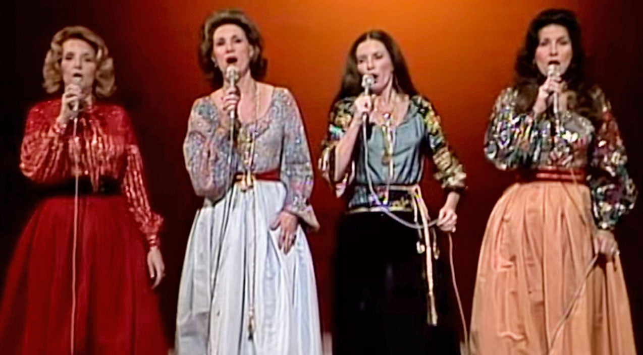 The carter family Songs | The Carter Family's Breathtaking Performance Of 'Will The Circle Be Unbroken' (WATCH) | Country Music Videos
