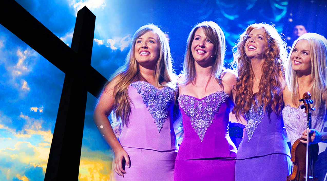 Religious Songs | Celtic Women Resemble Angels in Spiritual Performance Of 'Amazing Grace' | Country Music Videos