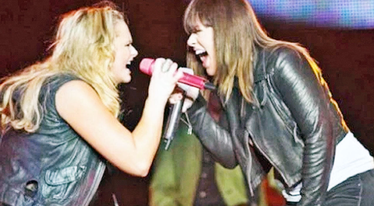 Miranda lambert Songs | Kelly Clarkson Surprises Miranda Lambert Onstage For An Iconic Duet | Country Music Videos