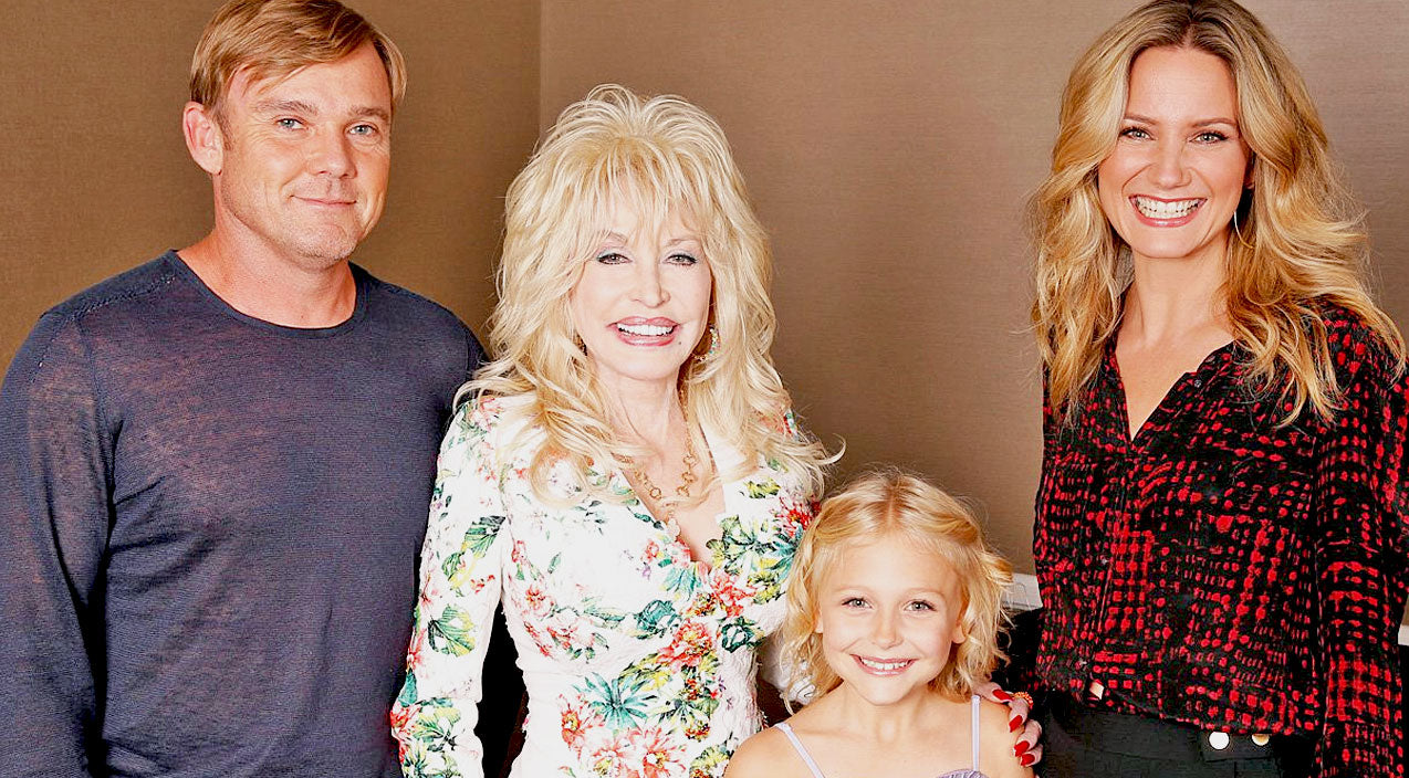 Dolly parton Songs | Popular Disney Star Joins Cast Of 'Coat of Many Colors' Sequel | Country Music Videos