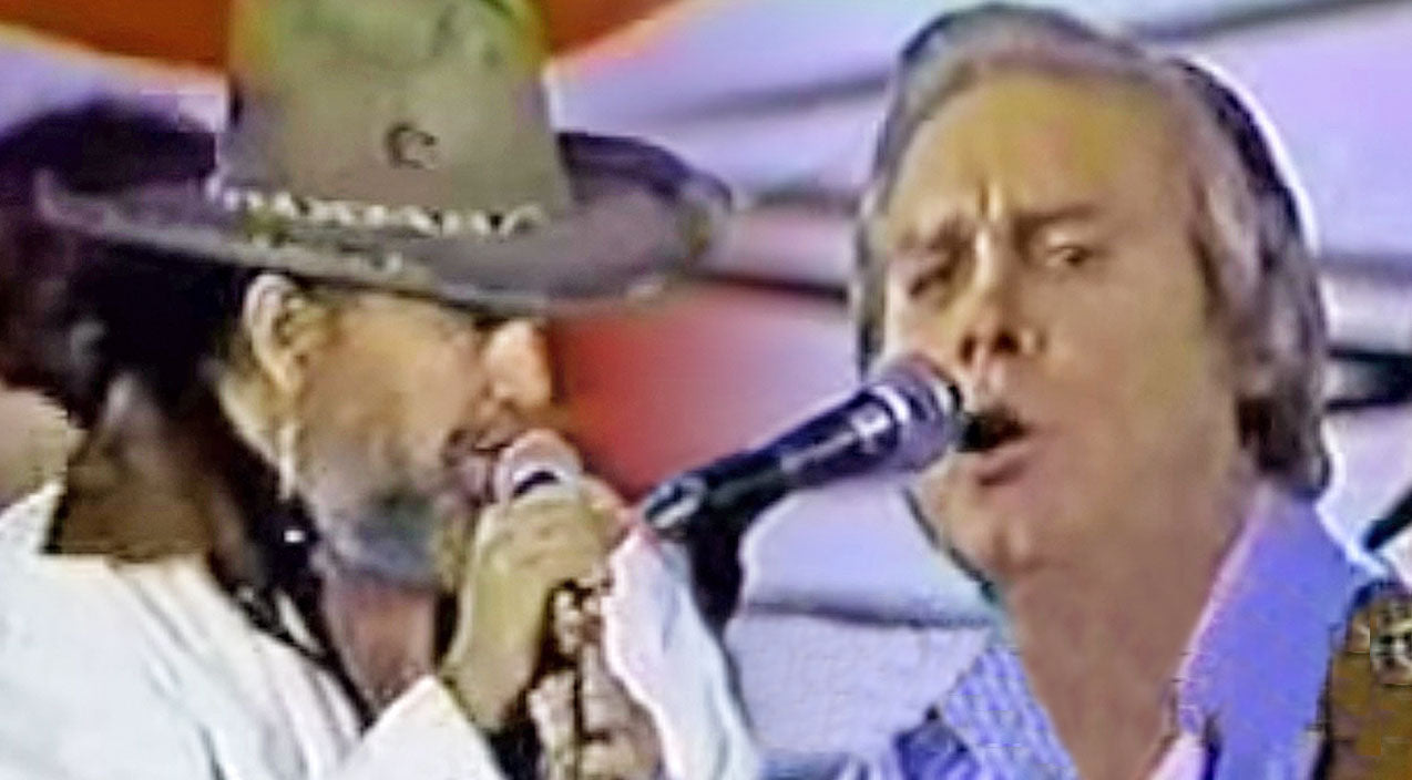 George jones Songs | George Jones & David Allan Coe Bring Down The House With Intoxicating 'Tennessee Whiskey' Duet | Country Music Videos