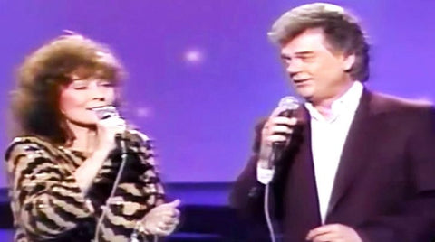 Merle haggard Songs | Rare Footage Of Conway Twitty & Loretta Lynn Singing 'Making Believe' Is Pure Perfection | Country Music Videos