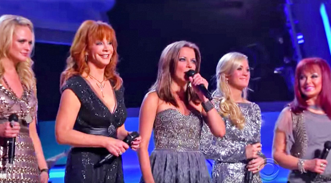 The judds Songs | Leading Ladies Of Country Teamed Up For Iconic Performance Of 'Coal Miner's Daughter' | Country Music Videos