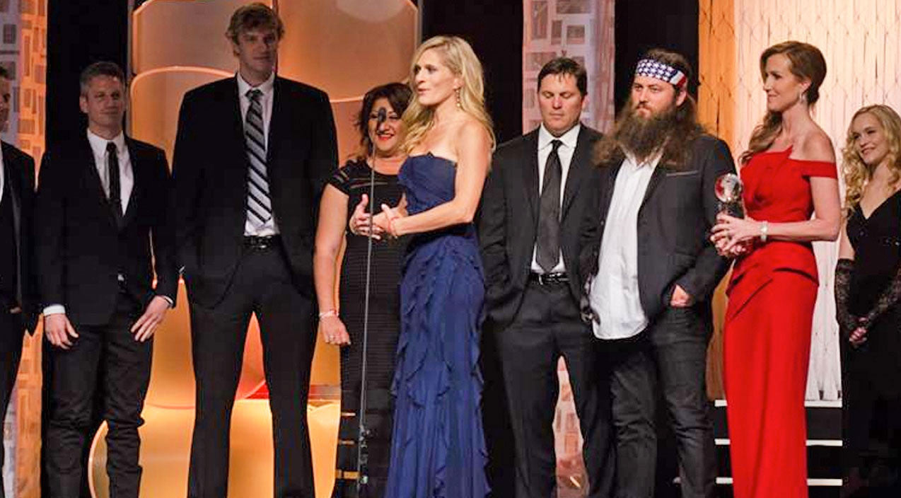 Duck dynasty Songs | 'Duck Dynasty' Producer Posts Cryptic Message Following Massive Lawsuit | Country Music Videos