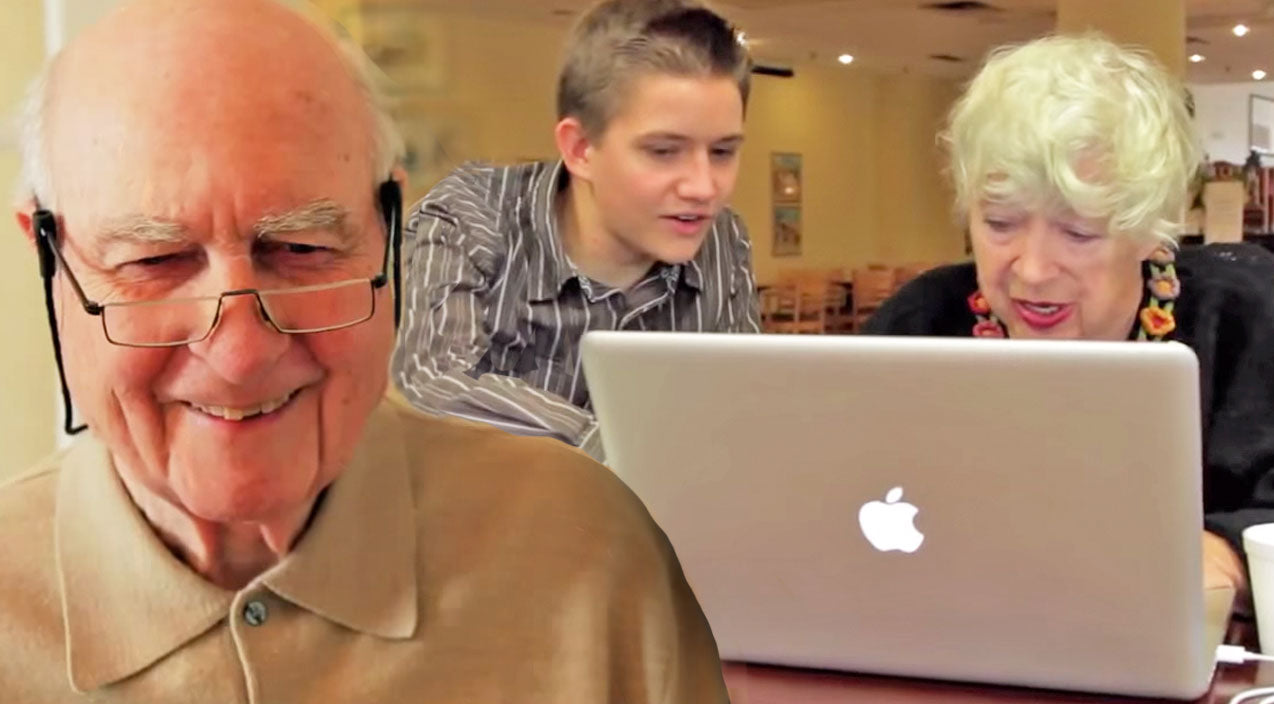 Cute Songs | Senior Citizens Adorably Use Computers For The First Time | Country Music Videos