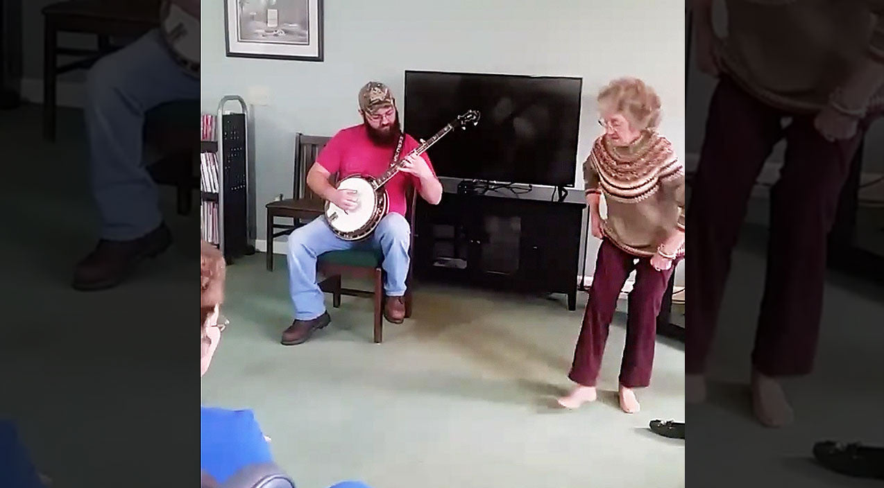 Viral content Songs | 85-Year-Old Kicks Off Loafers & Gets Down To Bluegrass Beat | Country Music Videos