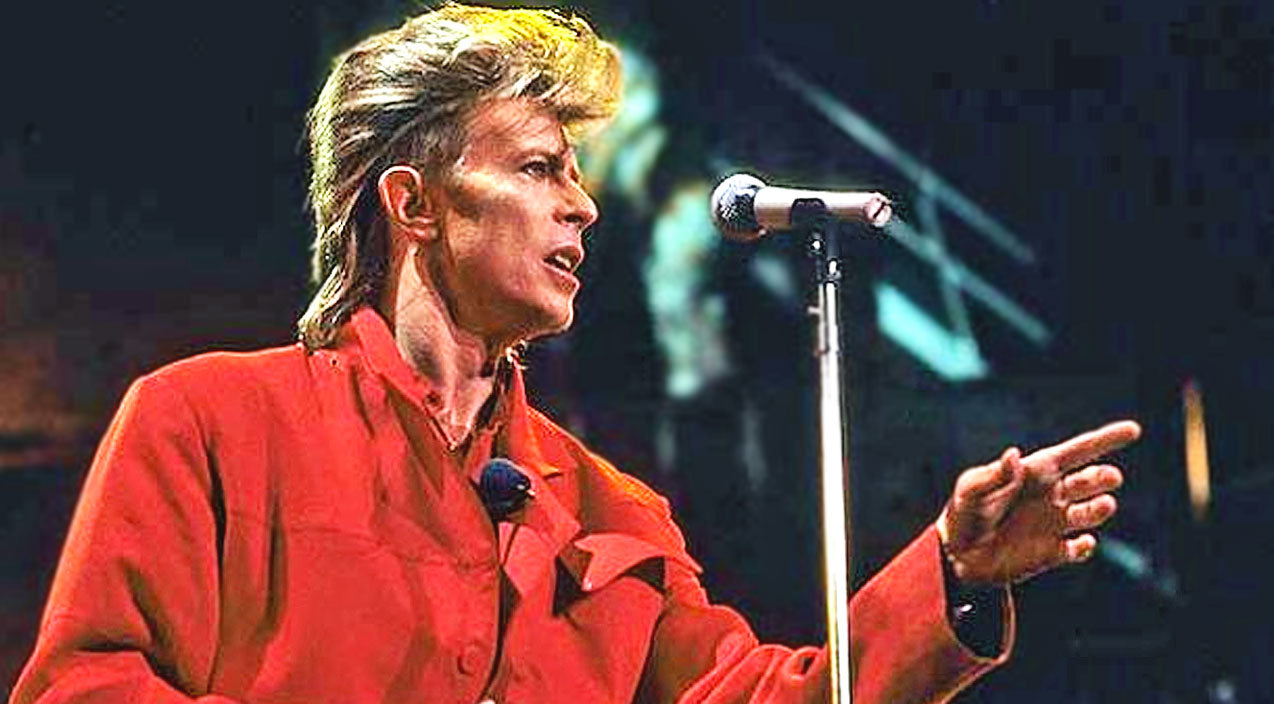 Rock Legend Davie Bowie Passes Away At 69 And Country Stars Mourn | Country Music Videos