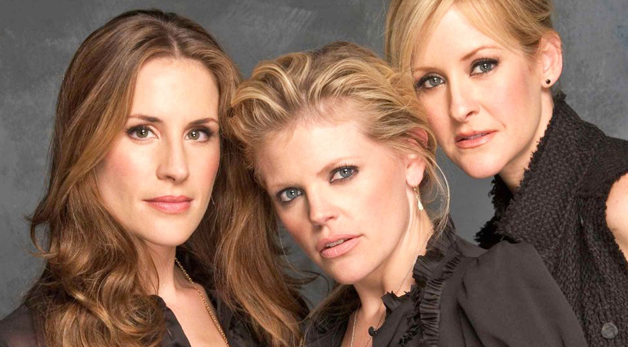 The dixie chicks Songs | Natalie Maines Slams Presidential Candidate With Surprising Photo | Country Music Videos