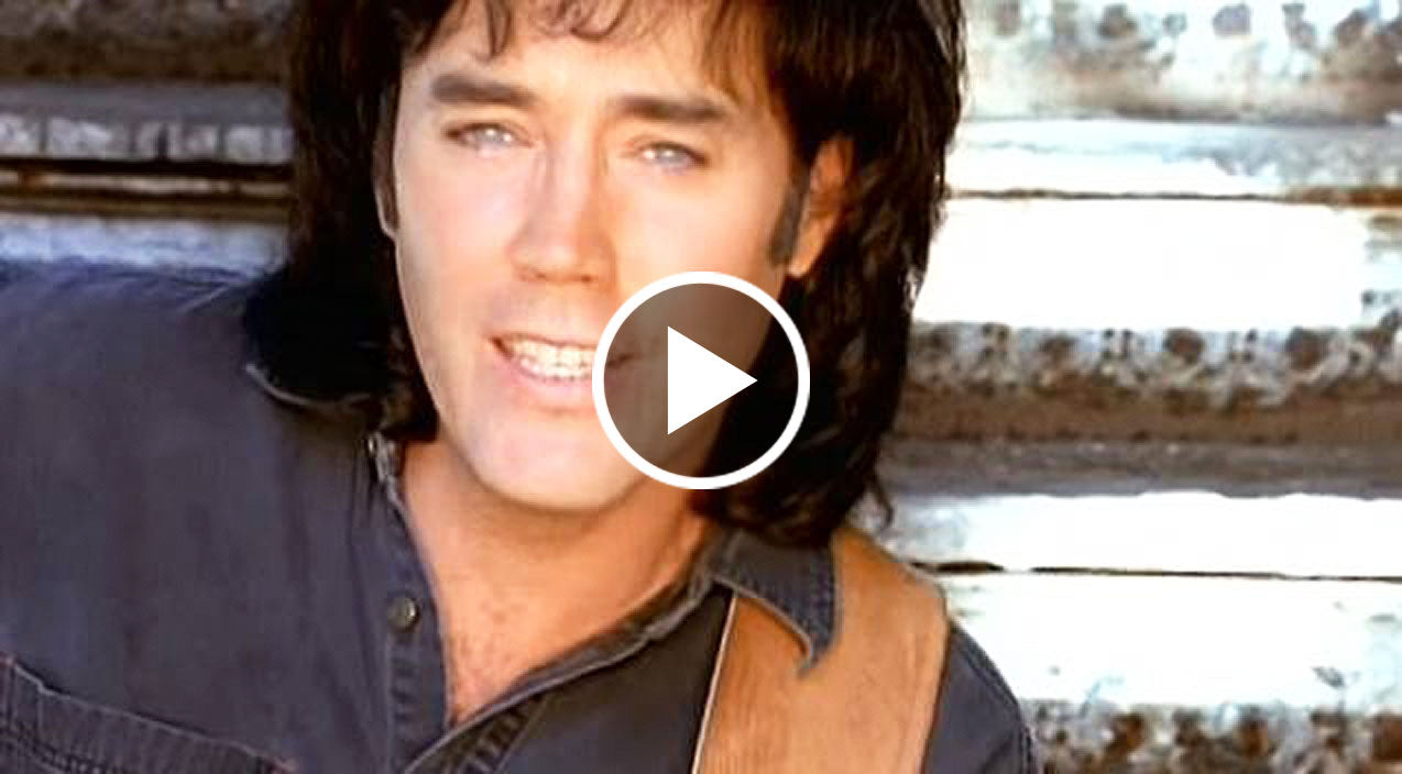david lee murphy performs toe tapping 1 hit 39 dust on the bottle 39 country rebel. Black Bedroom Furniture Sets. Home Design Ideas