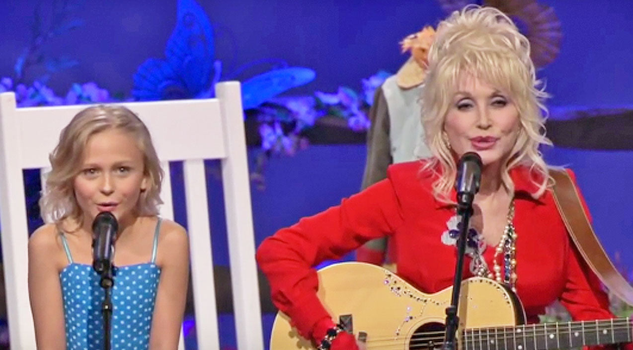 Dolly parton Songs | Dolly Parton & Little Girl Who Played Her In 'Coat Of Many Colors' Team Up For Moving Duet | Country Music Videos