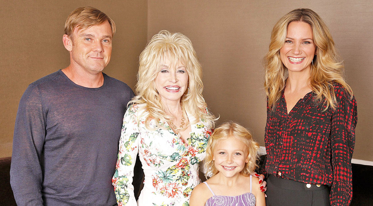 Dolly parton Songs   Dolly Parton Announces New Show About Her Family   Country Music Videos
