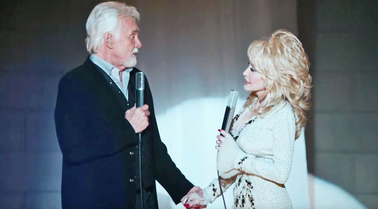 Kenny rogers Songs | 'Soul Partners' Dolly Parton & Kenny Rogers Sing Heartwarming Duet, 'You Can't Make Old Friends' | Country Music Videos