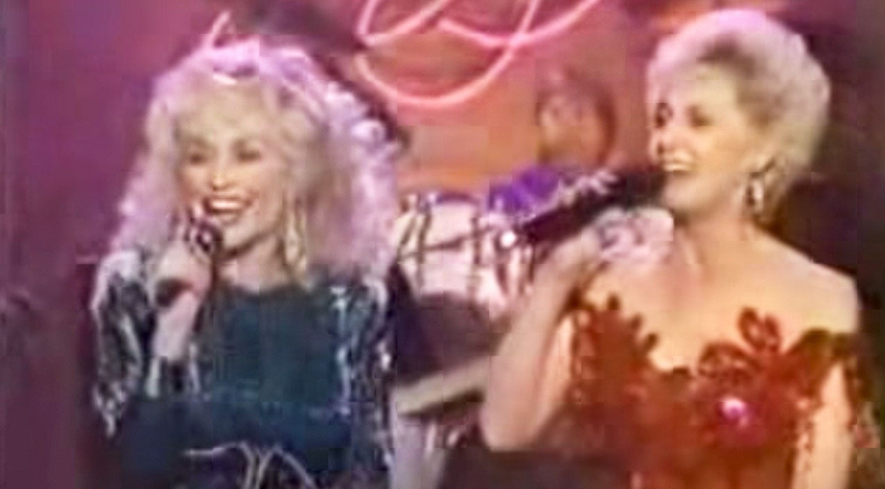 Tammy wynette Songs | Dolly Parton & Tammy Wynette Thrill Audience With Medley Of Biggest Hits | Country Music Videos