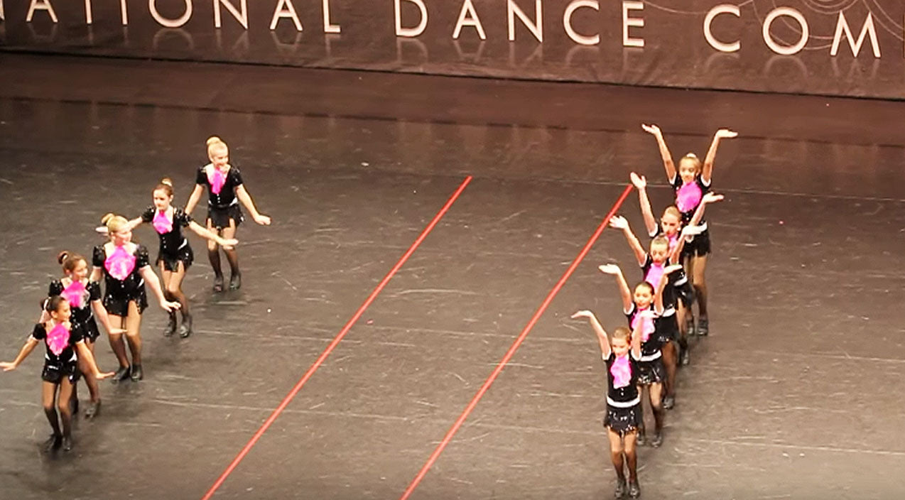 Dolly parton Songs | Adorable Little Girls Give Sensational Tap Dance To Dolly Parton's '9 to 5' | Country Music Videos