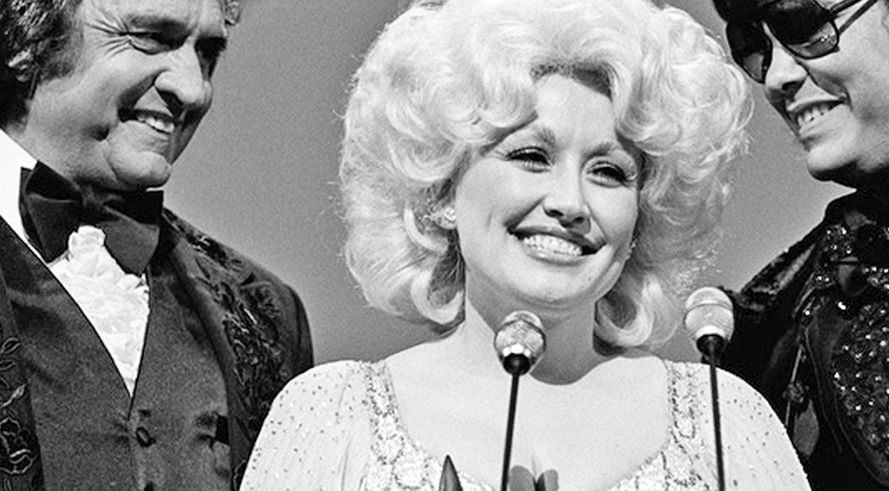 Dolly parton Songs | FLASHBACK: Do Y'all Remember Dolly Parton's Iconic CMA Wardrobe Malfunction? | Country Music Videos