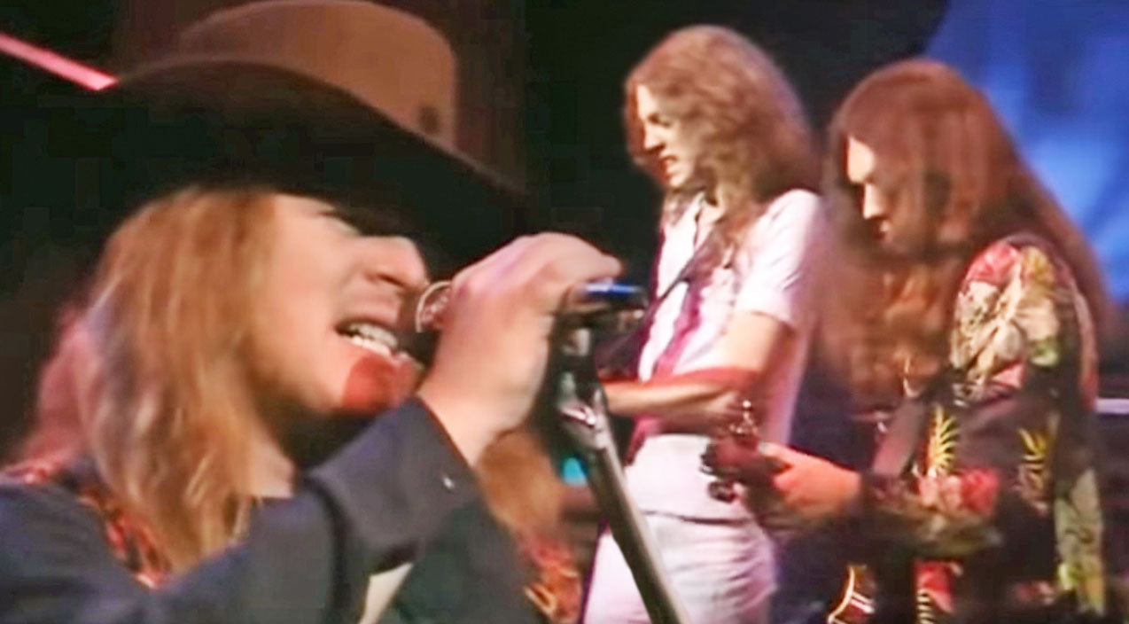 Lynyrd skynyrd Songs | Twice As Nice: Lynyrd Skynyrd Mashes 'Double Trouble' & 'I Ain't The One' Into One Rockin' Medley | Country Music Videos