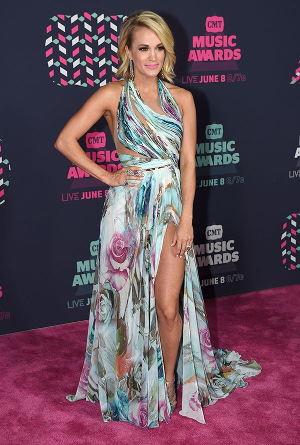 The 7 Best-Dressed Superstars At The 2016 CMT Awards (1/7) | Country Music Videos