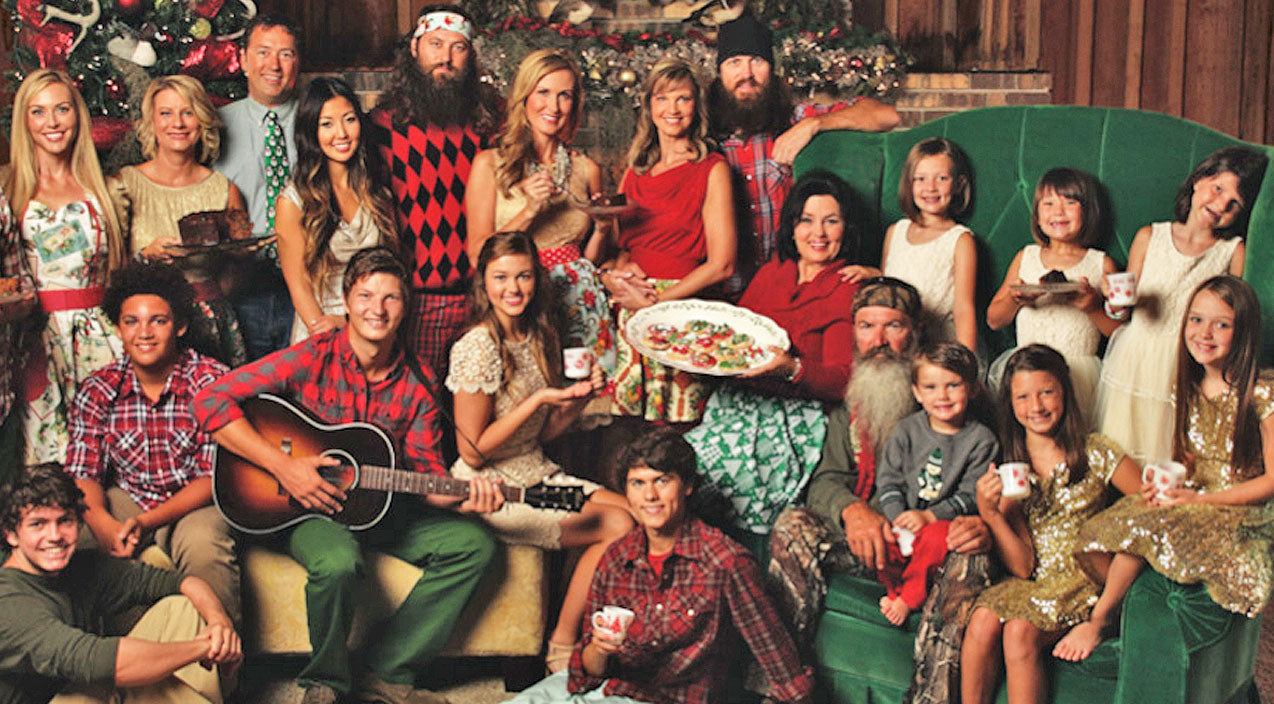 Duck dynasty Songs   'Duck Dynasty' Kids Sing Jolly Version Of 'Santa Looked A Lot Like Daddy'   Country Music Videos