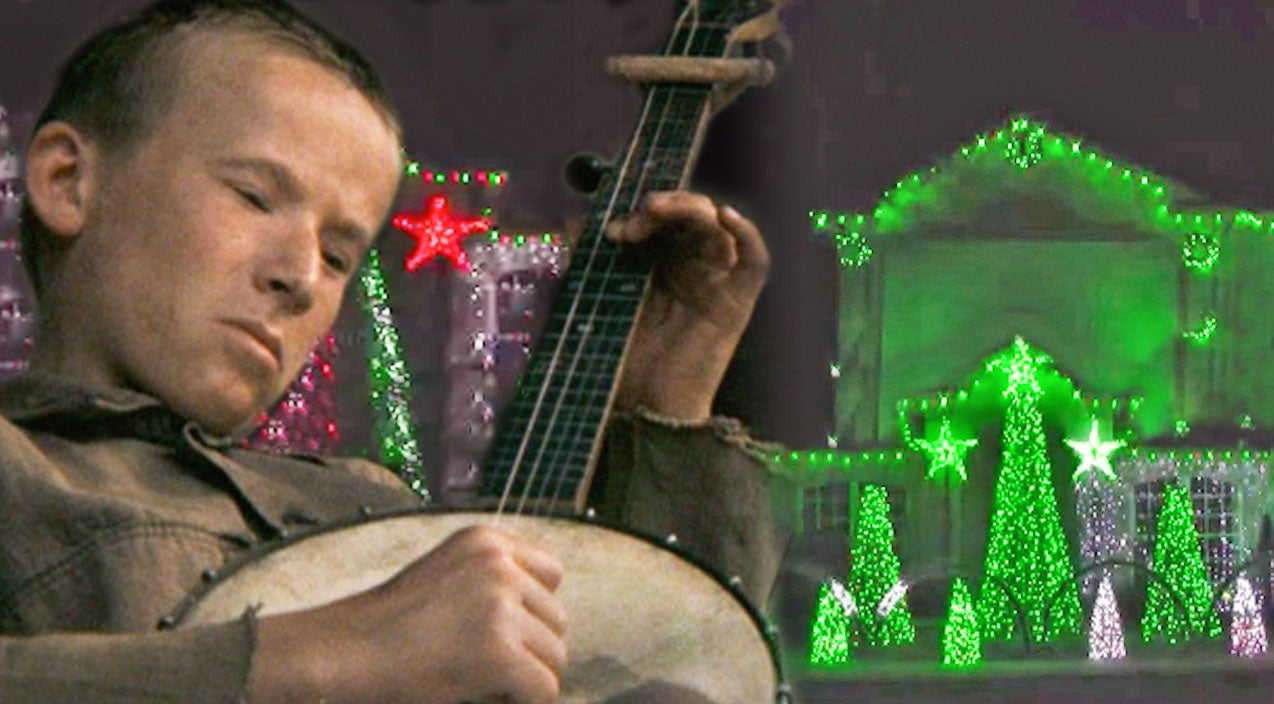 Dueling banjos Songs | Family Synchronizes Christmas Lights To 'Dueling Banjos' - Every Country Fan Will Love This! | Country Music Videos