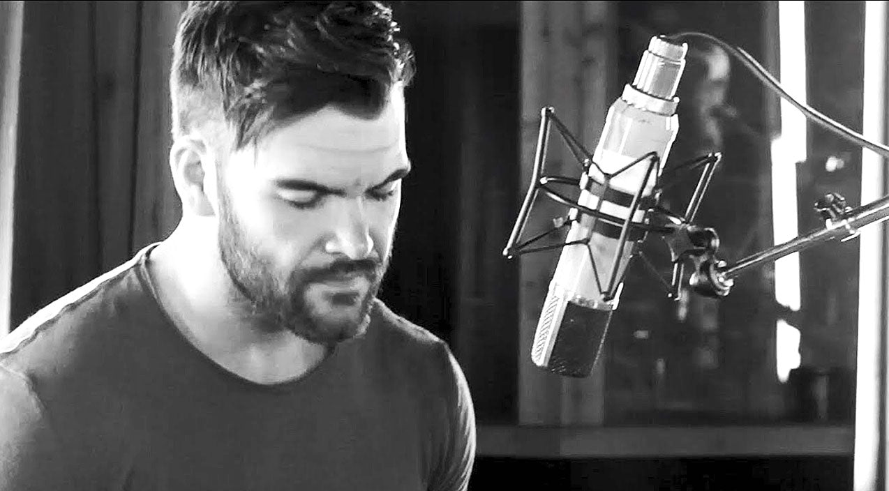 Dylan scott Songs | Dylan Scott's Soulful Cover Of 'Mary, Did You Know?' Is Jaw-Dropping | Country Music Videos