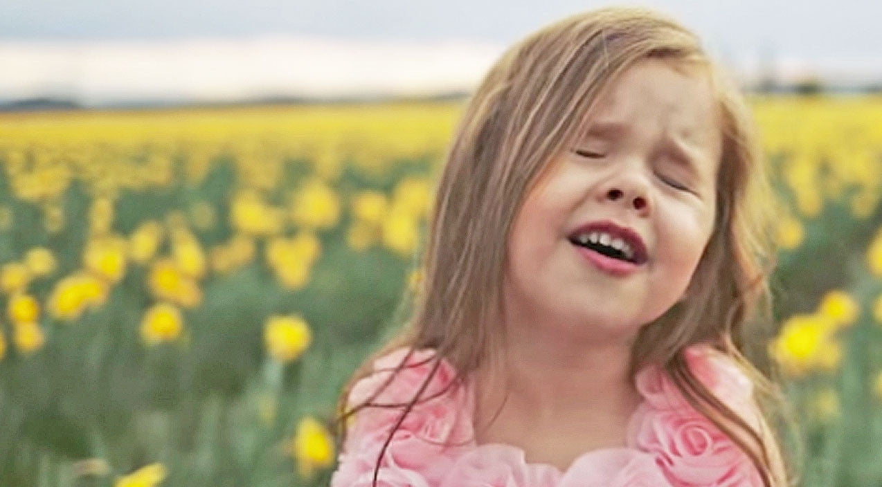 4-Year-Old With The Voice Of An Angel Sings Beautiful Easter Hymn | Country Music Videos