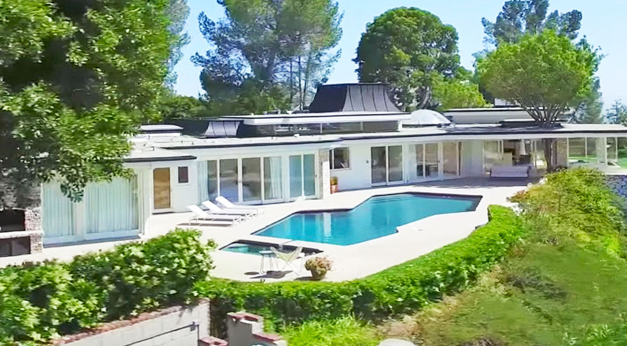 Elvis presley Songs | Elvis Presley's Former Estate Up For Rent At Wild Price | Country Music Videos