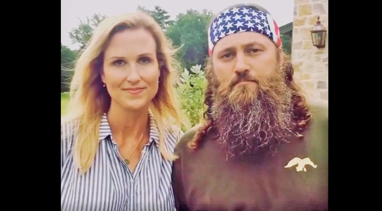 Willie robertson Songs | Korie And Willie Robertson Make Emotional Plea To Fans | Country Music Videos