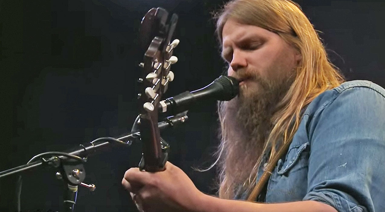 Chris stapleton Songs | Hear Chris Stapleton's Live Performance Of Explosive Unreleased Song 'The Right Ones' | Country Music Videos