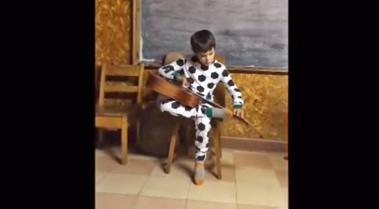 MUST SEE: Talented Blind Boy Plays The Blues Like You've Never Seen Before! | Country Music Videos