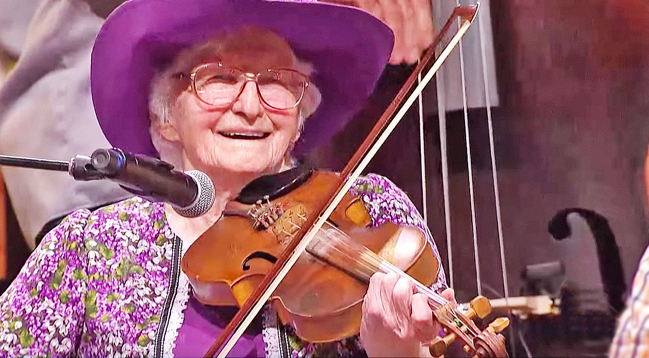 Grand ole opry Songs | 99-Year-Old Fiddler Player Blows Everyone Away With Opry Performance | Country Music Videos