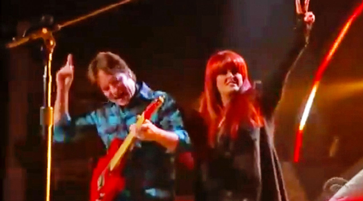 Wynonna judd Songs | Classic Rocker John Fogerty Meets Wynonna Judd For Unbelievable CCR Inspired Duet | Country Music Videos