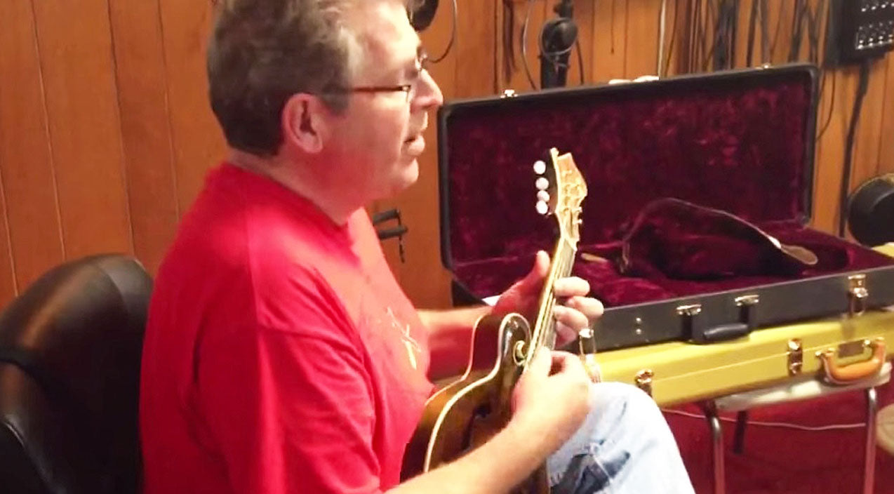 Lynyrd skynyrd Songs | Opening Solo Of 'Free Bird' Gets A Mandolin Makeover In This Man's Stirring Cover Video | Country Music Videos