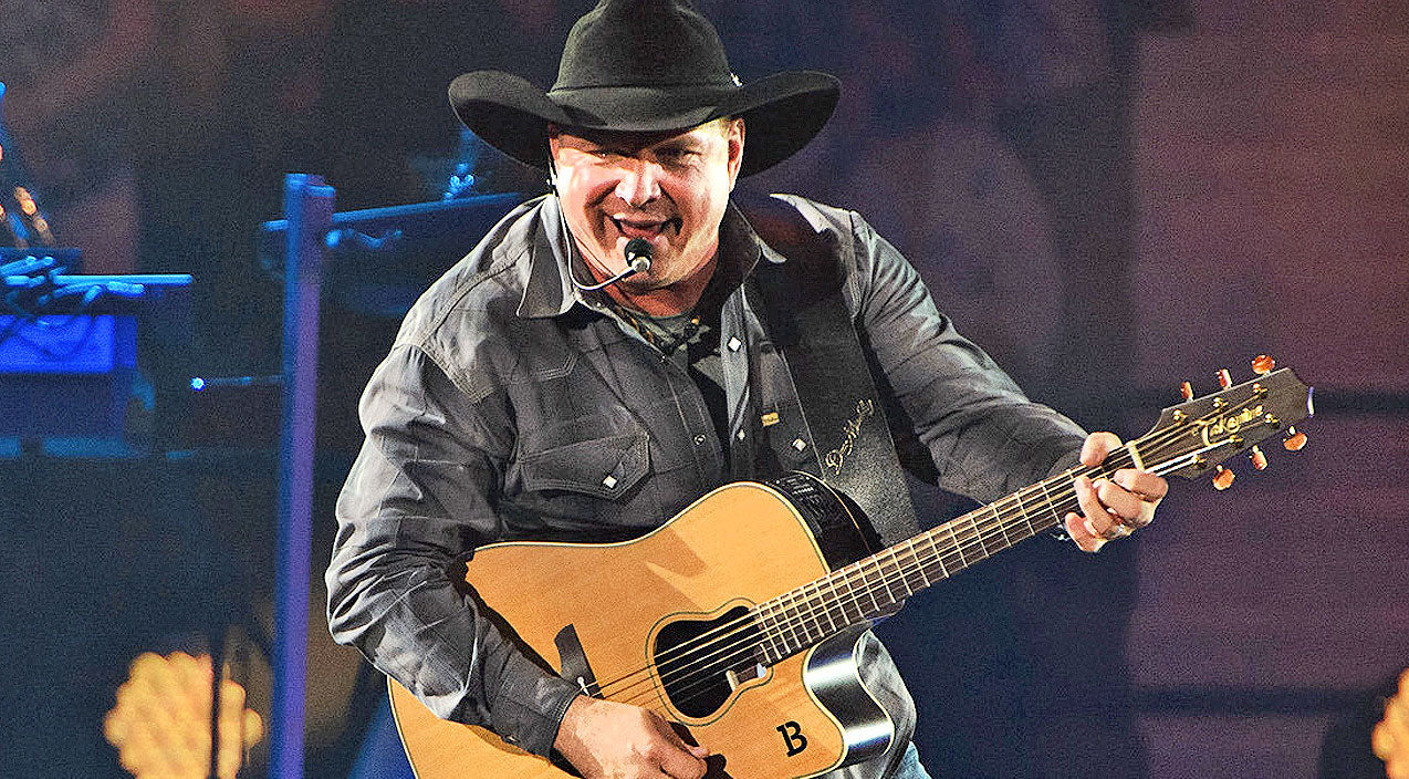 Garth brooks Songs | Garth Brooks Announces First-Time World Tour Stop | Country Music Videos